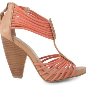 Seychelles time will tell coral strap heels sz 8